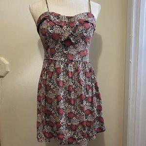 Lauren Conrad Women's size 4 Dress